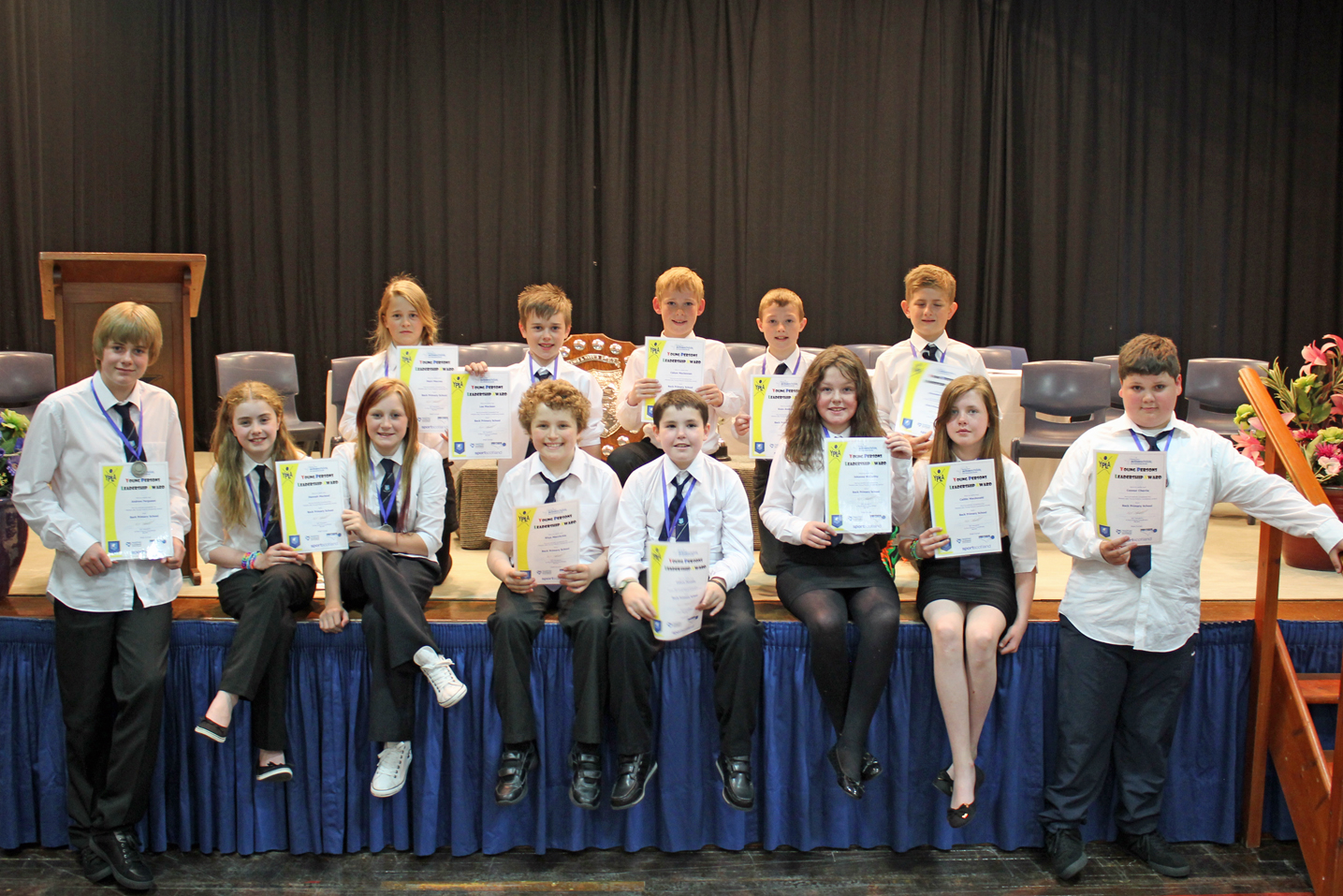 P7s with their Young Leader certificates.
