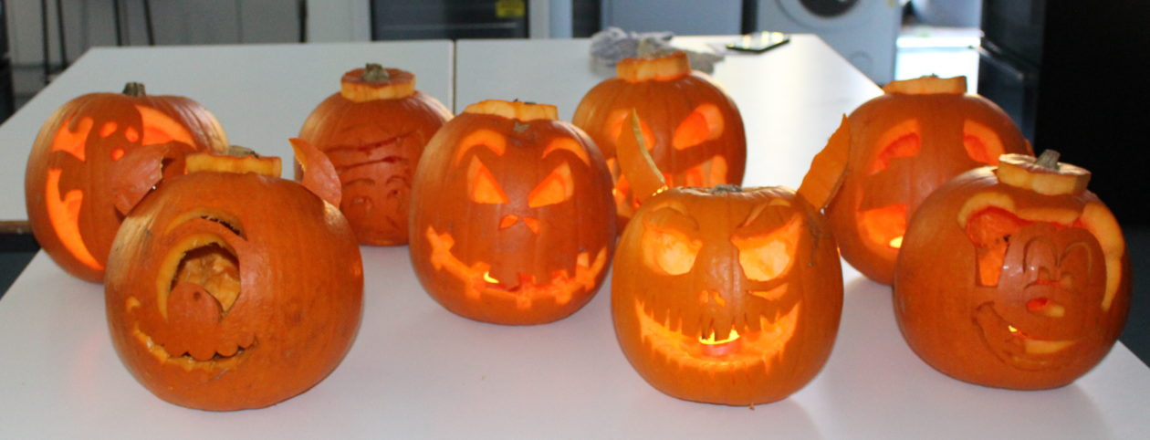 INTER-HOUSE PUMPKIN CARVING COMPETITION